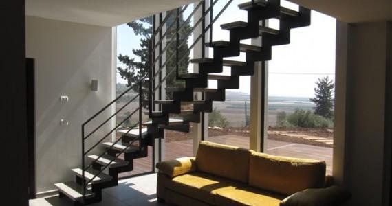 מדרגות ושקיפות לנוף